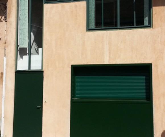 Fenêtre bois à volet roulant aluminium électrique